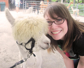 Jemini visits Alpaca Ranch for video game research